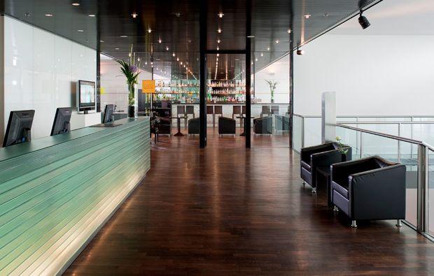 bernachtung im designhotel in d sseldorf schenken mydays On hotel design düsseldorf