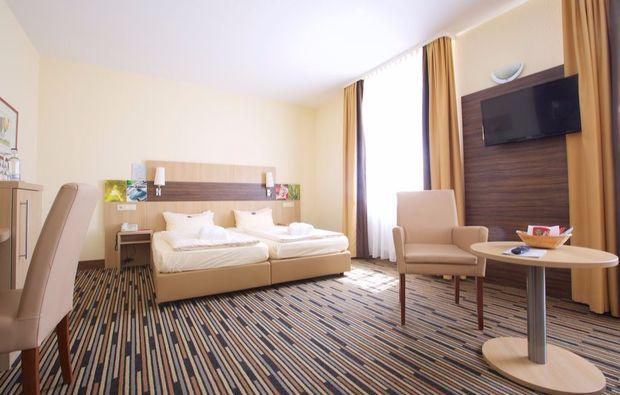 kurpark-hotel-bad-duerkheim