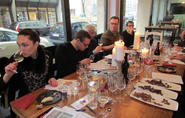 wine-dine-duesseldorf-tasting