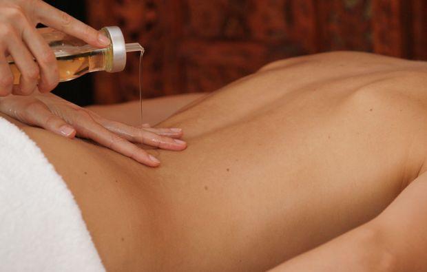 ayurveda-massage-illertissen-auszeit