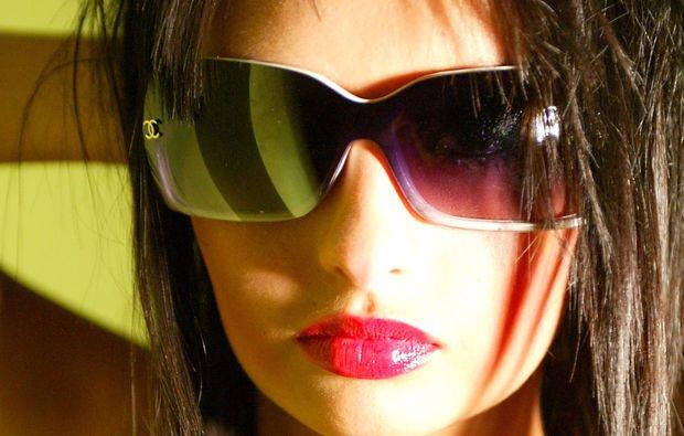 professionelles-fotoshooting-coburg-sonnenbrille