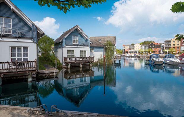 wellness-wochenende-rheinsberg-kleinzerlang-ferienhaus