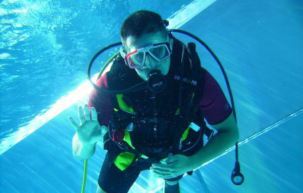 open-water-diver-theres-schwimmen