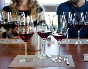 Weinverkostung - inkl. Weingut- und Kellerführung von 8 Weinen mit Weingut- & Kellerführung