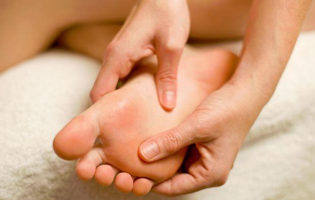 fussmassage-wiesbaden-wellness