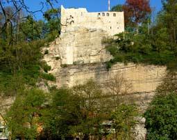 Burg-hoch-Sender