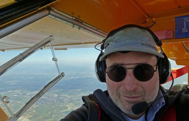 flugzeug-rundflug-freiburg-pilot