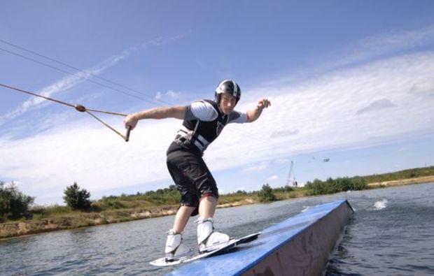 wakeboarden-osthauderfehn-wasserski