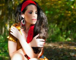 Outdoor-Fotoshooting inkl. Make-Up & 2 Prints, ca. 2 Stunden