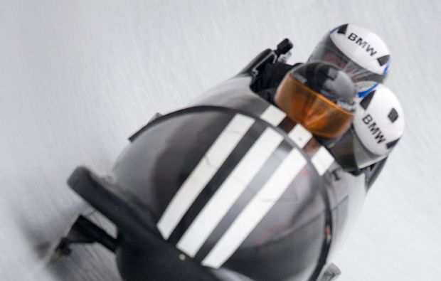 bobfahren-schoenau-am-koenigsee-action