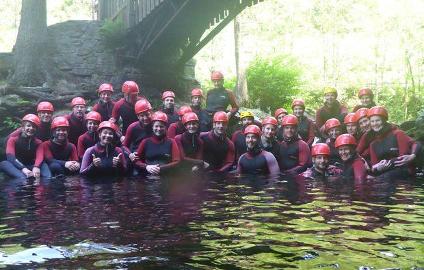 canyoning-tour-goslar-gruppe