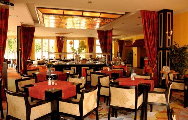 kurzurlaub-am-meer-goehren-restaurant