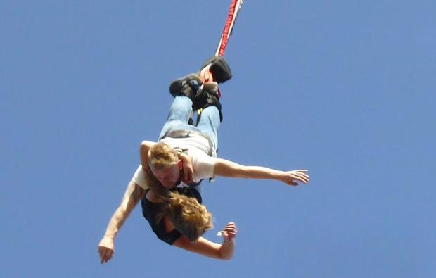 tandem-bungee-jumping-herzogenaurach
