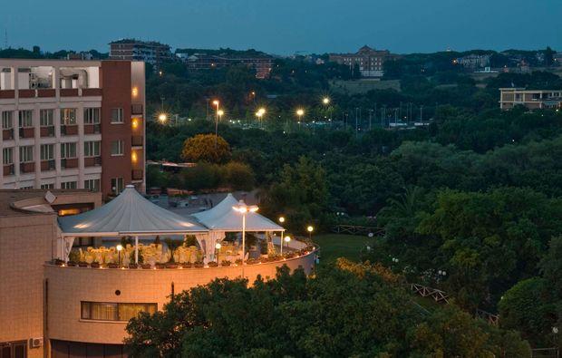kurzurlaub-rom-hotel-aussenansicht