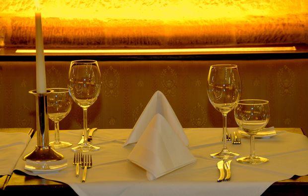 candle-light-dinner-fuer-zwei-stuttgart-sekt-empfang