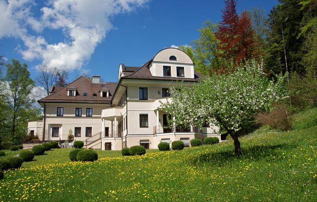 fruehstueckszauber-fuer-zwei-fuessen-villa