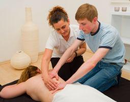 Paar-Massage-Abend verschiedene Massagetechniken - 4 Stunden