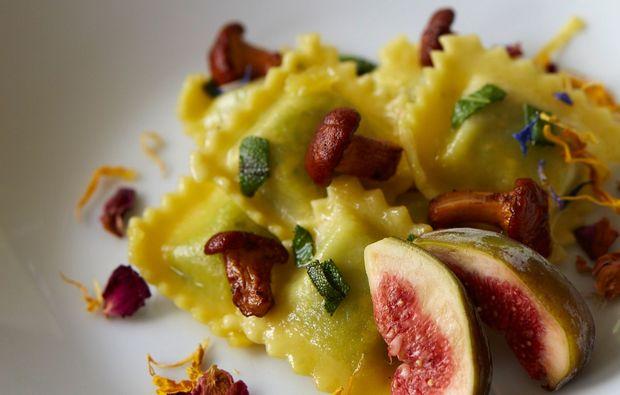 candle-light-dinner-fuer-zwei-goessweinstein-spaghetti