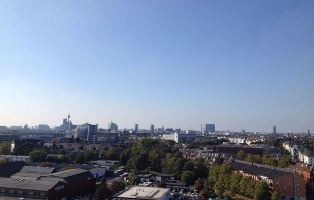 tandem-bungee-jumping-duesseldorf-blick