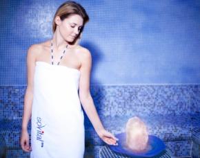 Das Schönheitsprogramm für Sie Aromaölmassage, Floating, Salzgrotte