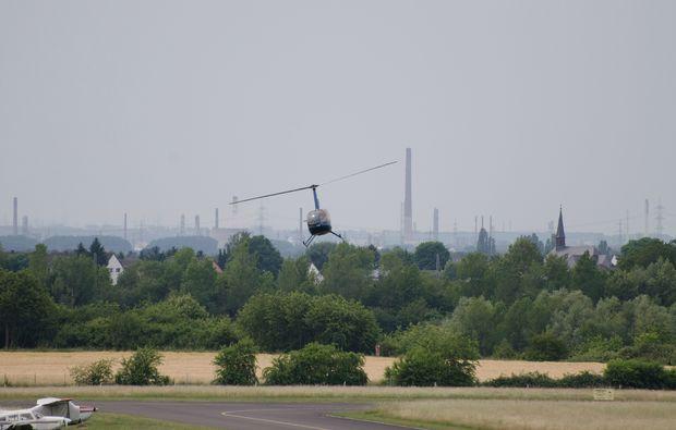 hubschrauber-rundflug-muelheim-an-der-ruhr-landung
