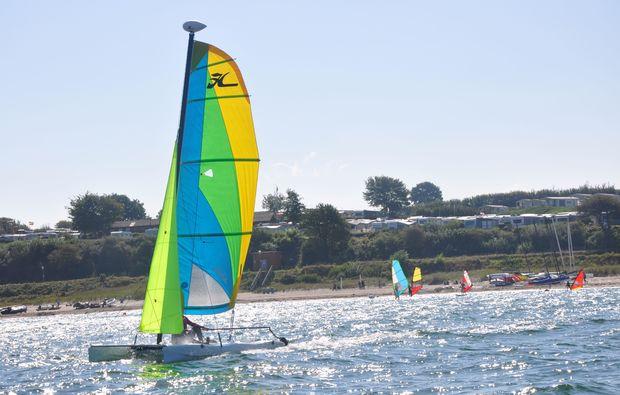 katamaran-schnupperkurs-schwedeneck-surendorf-surfenlernen