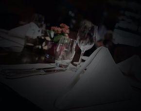 Dinner in the Dark - 3-Gänge-Menü 3-Gänge-Menü, inkl. Begrüßungsgetränk