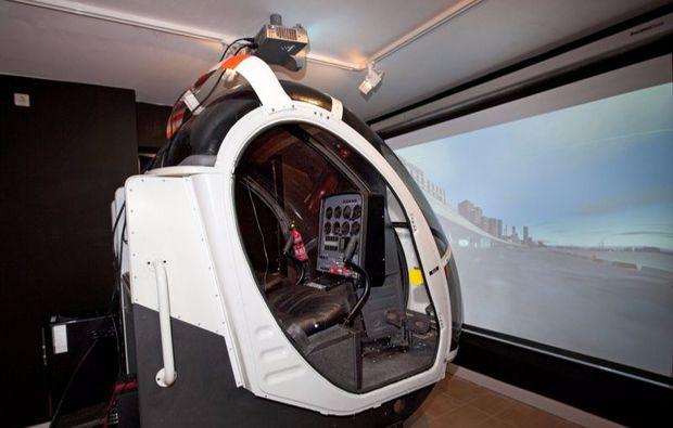 fliegen-hubschrauber-simulator-hamburg