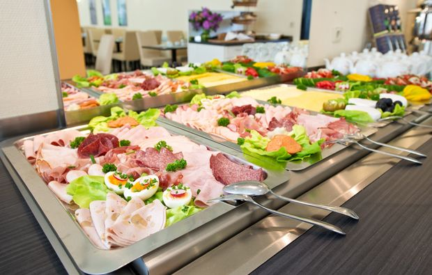 romantikwochenende-dresden-buffet