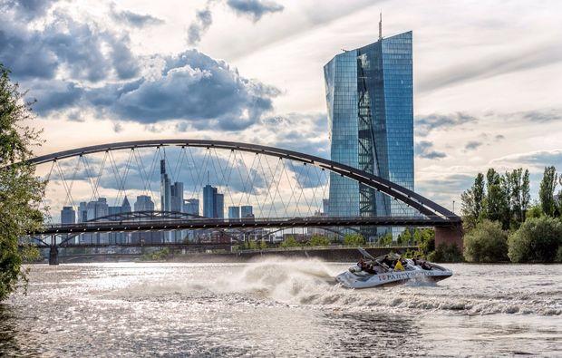 speedboot-fahren-frankfurt-am-main-stadttour