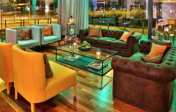 staedtereise-frankfurt-am-main-lounge