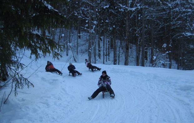 schneeschuh-wanderung-schliersee-rodeln