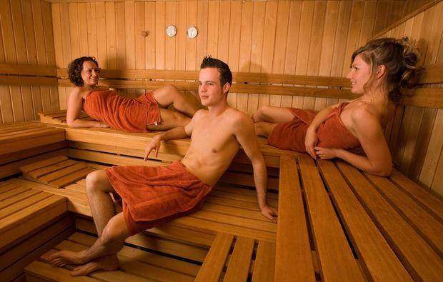 wellness-wochenende-deluxe-bad-salzuflen-sauna