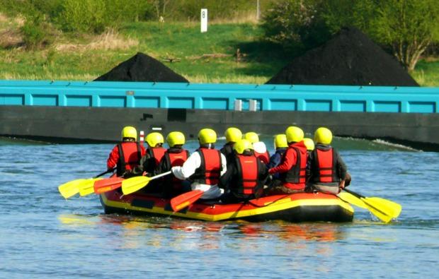 schlauchboot-tour-koeln-paddel