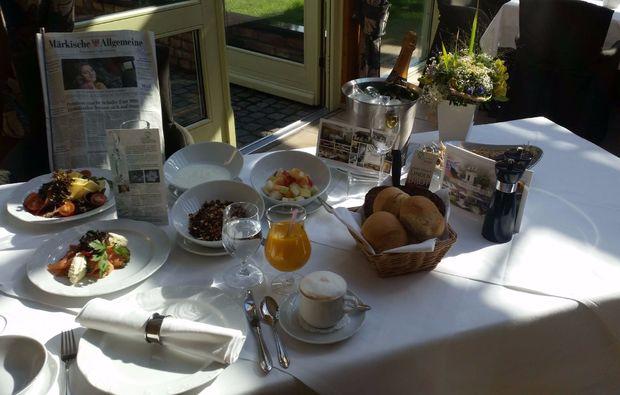fruehstueckszauber-fuer-zwei-wildenbruch-romantik