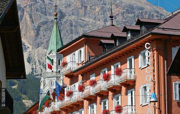 facciata-esterna-con-campanile1512472812