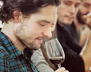 Weinseminar (Weinkenner) für Fortgeschrittene mit Verkostung