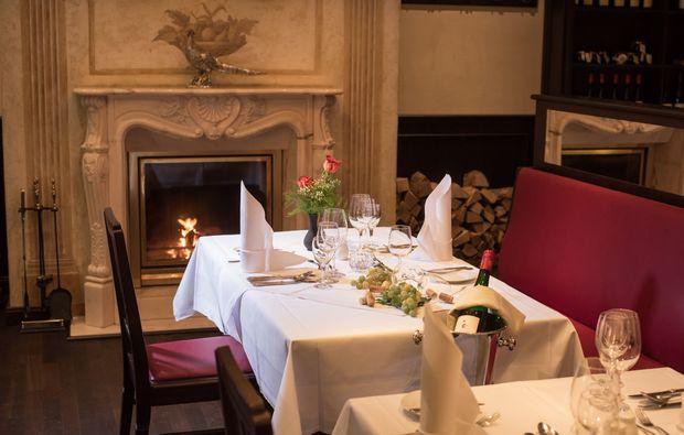 candle-light-dinner-deluxe-meissen-restaurant