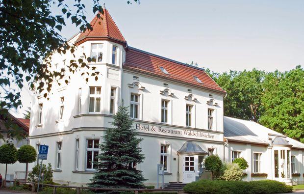 romantik-wochenende-kyritz-hotel-waldschloesschen