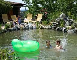 2-zauberhafte-unterkunft-huegellandhof-uitz-neuhaus