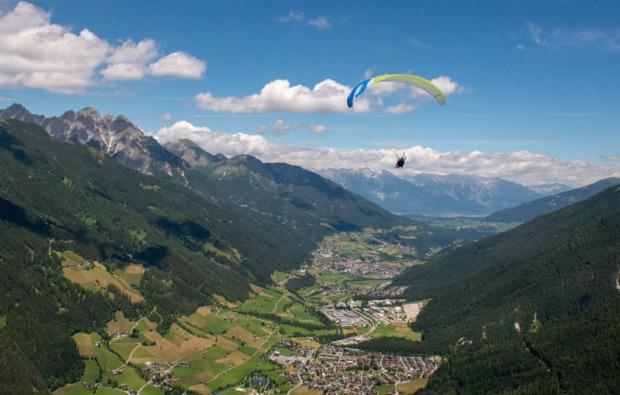 gleitschirm-tandemflug-neustift-stubaital-panorama
