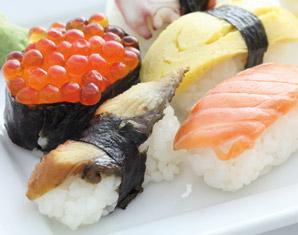 Sushi und Wein Weindegustation mit Sushi-Kochkurs
