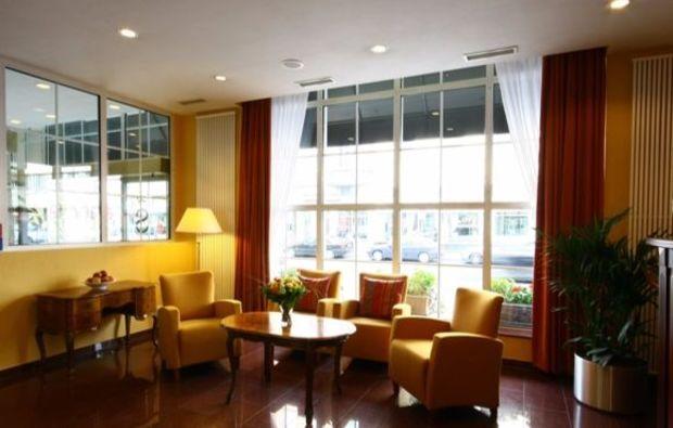 staedtereise-duesseldorf-lobby
