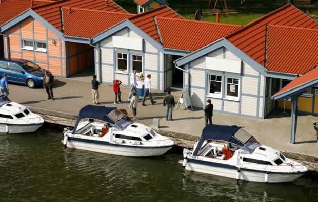 motorboot-fahren-neuruppin-bg4