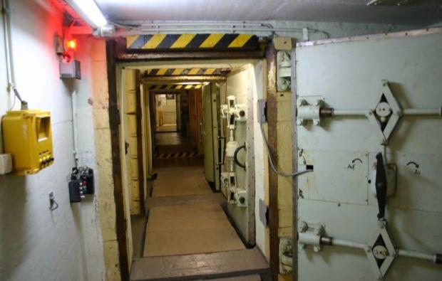 bunkerfuehrung-bernau-bunker
