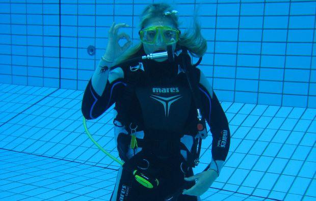 open-water-diver-muenchen-swim