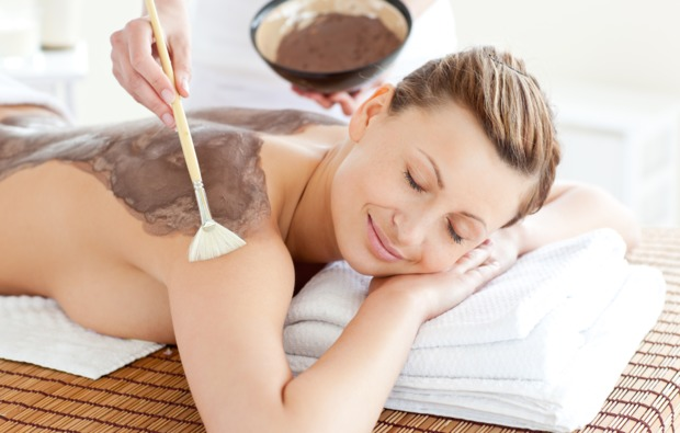 hot-chocolate-massage-wiesbaden-ayurveda-dreaming