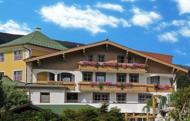 zauberhafte-unterkuenfte-radstadt-hotel