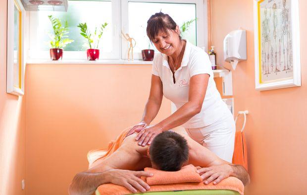 hot-stone-massage-bad-fuessing-reflexzonen