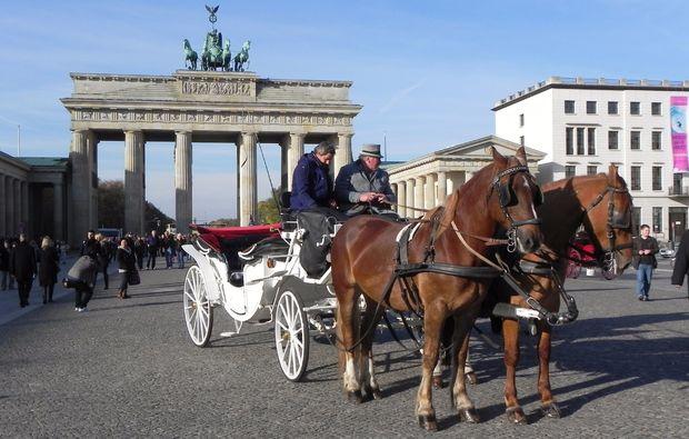 kutschfahrt-berlin-liebe1478871353